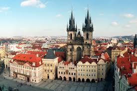 Arbeit macht frei- il lavoro rende liberi Viaggio della Memoria 8/11 Dicembre 2017 Praga- Terezin