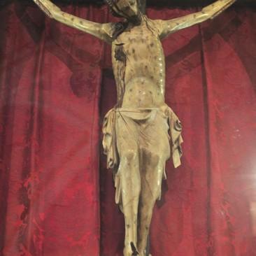Il Crocifisso in legno